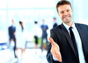 مزایا و معایب دوستی رئیس با کارکنان چیست؟