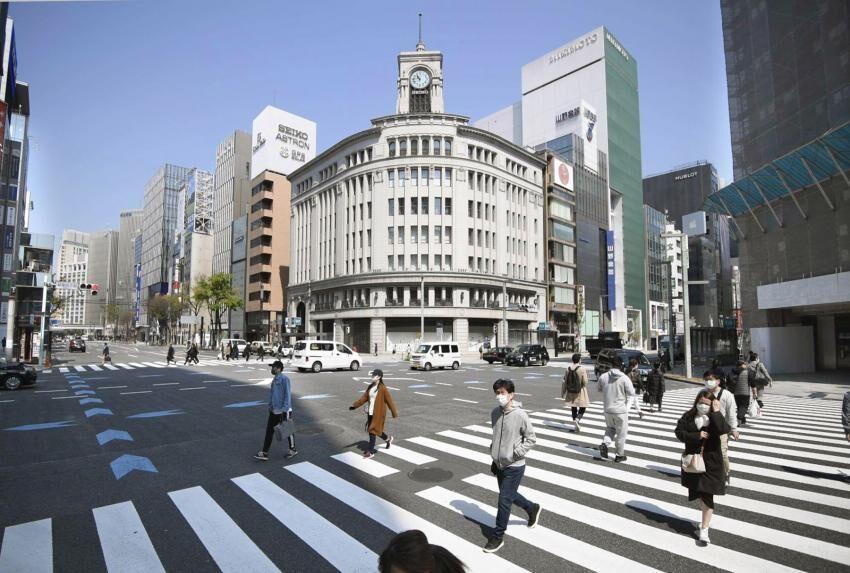 ژاپن وضعیت «اضطراری ملی» اعلام میکند